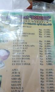 Ga keinget motoin warungnya, menunya aja ya...plus harga (hrga yang berlaku pd saat itu loooh)